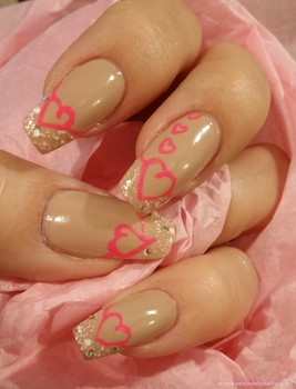 Nail Art For Valentine S Day Pink Hearts Of Love