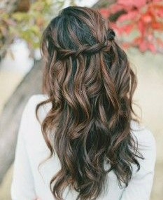 beach-wedding-hairstyles-for-short-hair - Ask the Pro Stylist