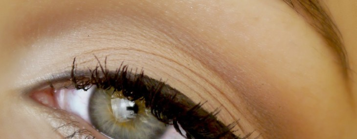 Precision Eyeliner Grows Lashes & Makes Great Cat Eyes