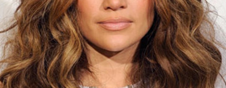 AMAs Beauty Tips For Thanksgiving: Get JLO's Glow