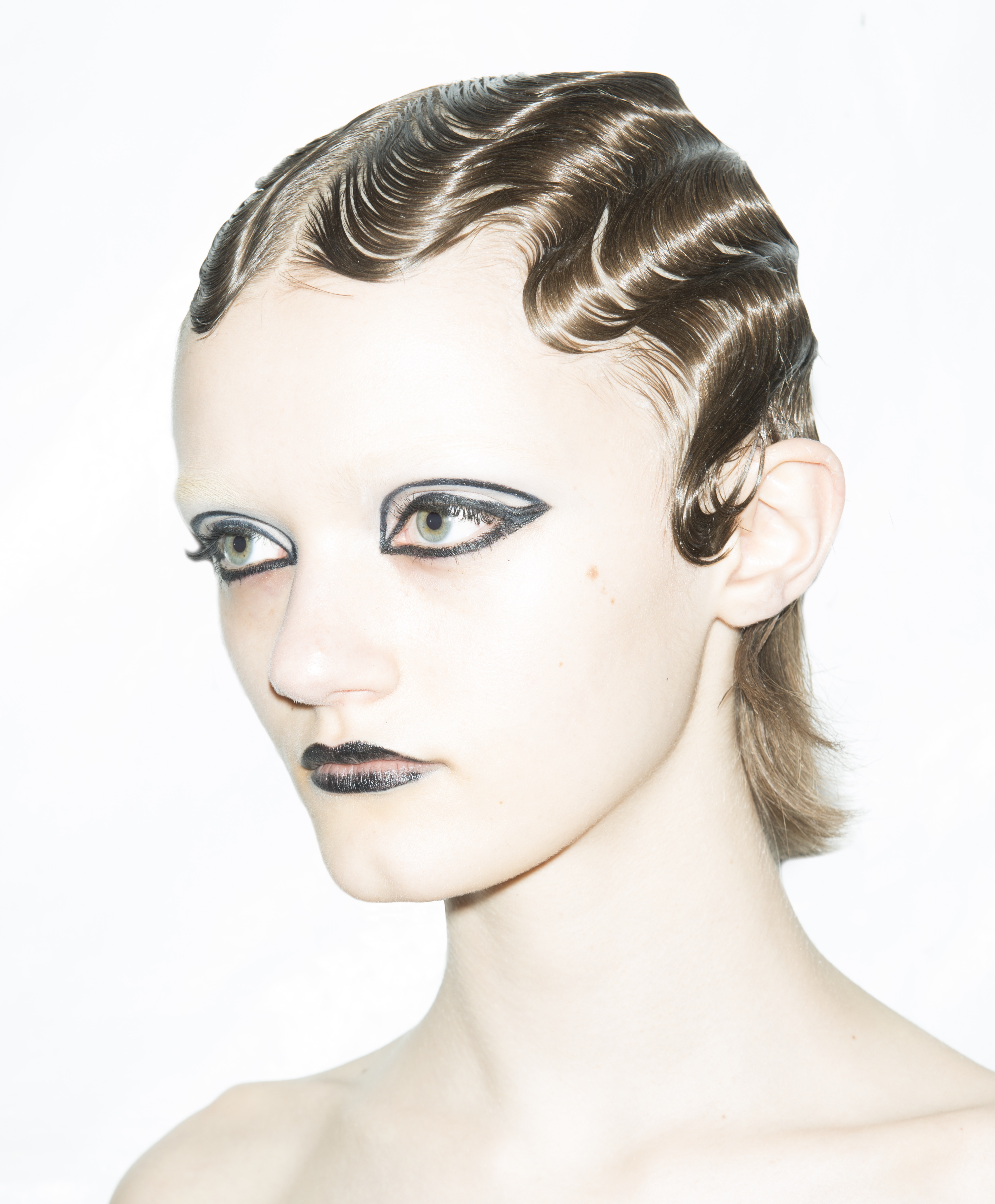 Modern Finger Waves Get The Nyfw Look Ask The Pro Stylist