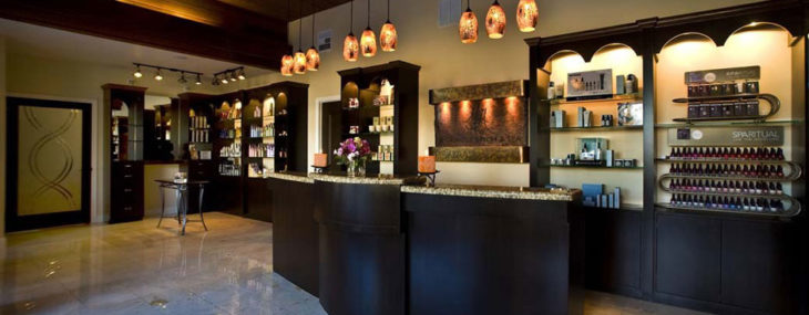 Salon Reception Etiquette: Front Desk Rules To Live & Work By